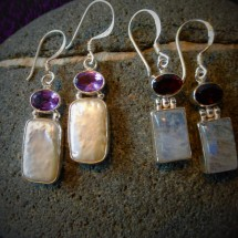 Classical earring with blister pearl and gemstone $40